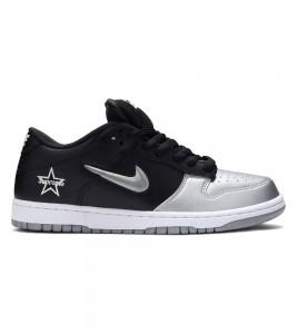 Кроссовки Supreme x Nike SB Dunk Low Metallic Silver