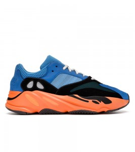Кроссовки adidas Yeezy Boost 700 Bright Blue