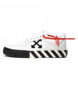 Кроссовки Off-White Vulcanized Low 'White Black'