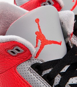 Кроссовки Air Jordan 3 Retro SE - Фото №2