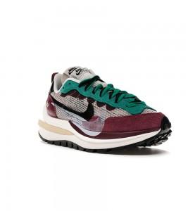 Кроссовки Nike Vaporwaffle sacai Villain Red Neptune Green - Фото №2