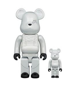 Bearbrick x Nike SB 2020 100% & 400% Set White
