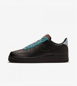 Кроссовки Nike Air Force 1 07 LV8